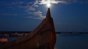 Valtis ir mėnulis